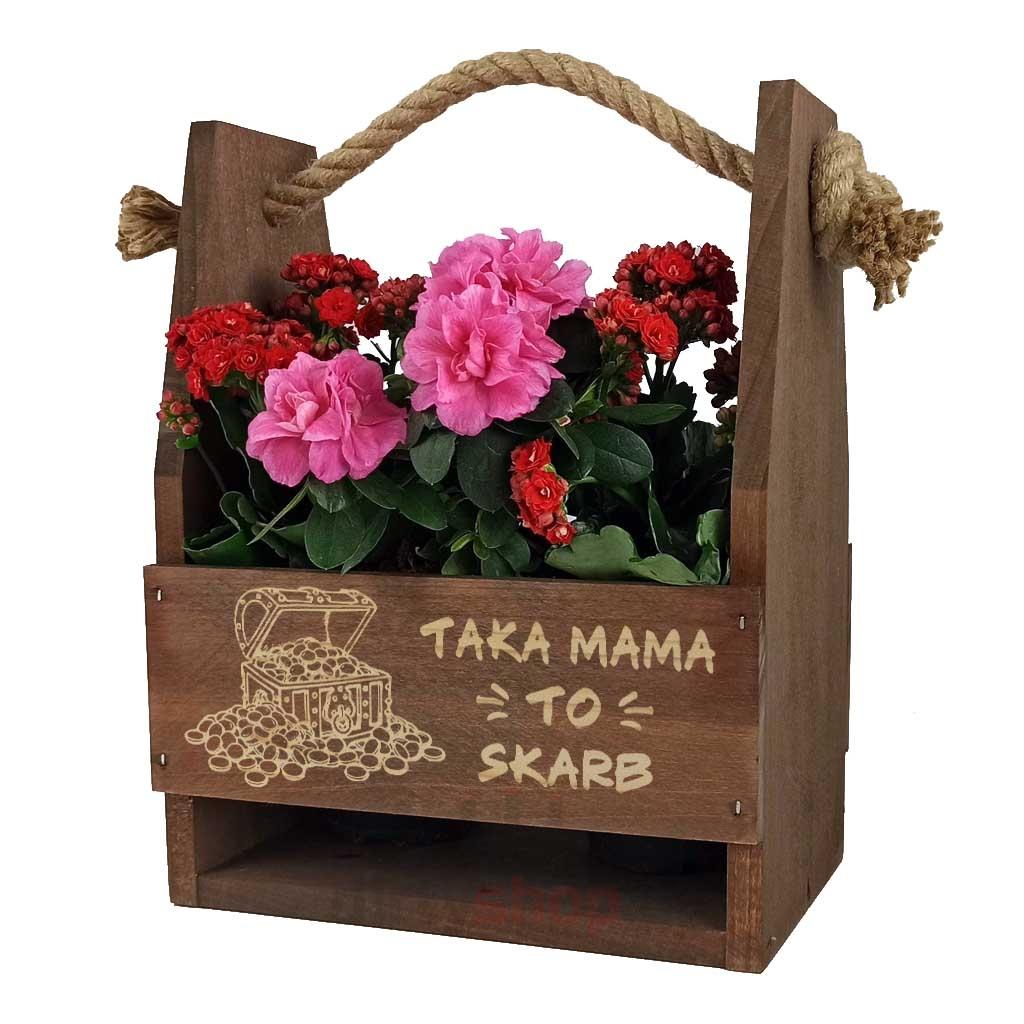 Brązowe nosidło na kwiaty z grawerem na Dzień Mamy Taka mama to skarb